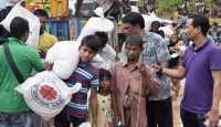 Thanks donors for their generosity in supporting the Rohingya people
